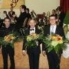 Blumen für die Dirigenten und den Solisten